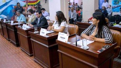 Con el apoyo del PJ y el kirchnerismo se aprobó el presupuesto de ajuste de Chuli Jorge
