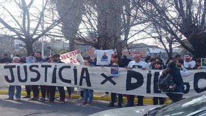 Tres de Febrero: movilización exigió justicia por Diego Cagliero y libertad para Ángel Bramajo