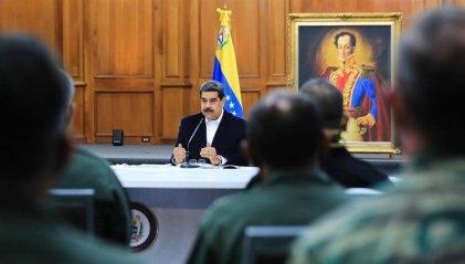Maduro aprovecha agresiones imperialistas para aumentar la represión y el control social