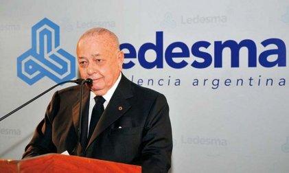 Blaquier reduce un 30 % el salario a los papeleros de Ledesma