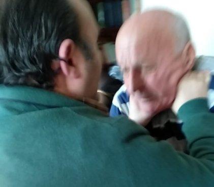 [Video] Jubilados responden al ataque violento del dueño de la Clínica Estrada de Lanús