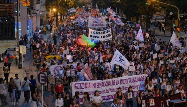 Salta: este domingo la pelea es también por la agenda de las mujeres