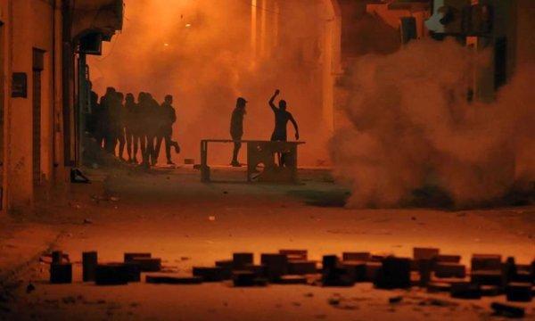 Túnez despliega al Ejército para intentar acabar con las protestas