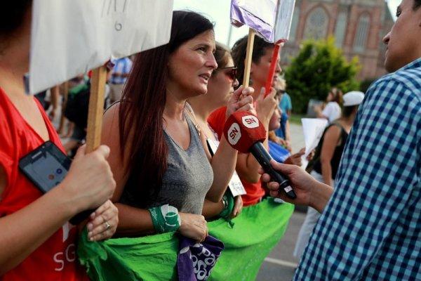 """Luana Simioni: """"Por un Encuentro de lucha por el aborto legal y contra el ajuste"""""""