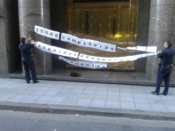 Ministerio de Hacienda: la Policía contra la memoria del 24 de Marzo